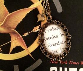 Katniss Everdeen Hunger Games by Suzanne Collins Antiqued Bronze Book Page Necklace